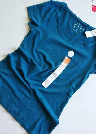 Базовая хлопковая футболка с коротким рукавом