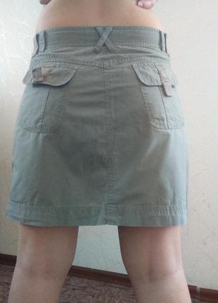 Лёгкая юбка средней длины, одежда в стиле кэжуал