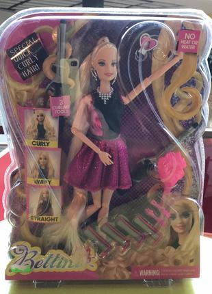 Кукла и набор парикмахера