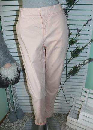 Пудровые розовые брюки штаны h&m
