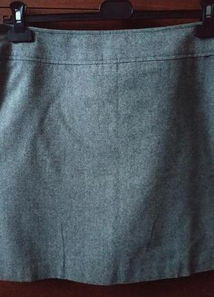 Юбка серого цвета. прямая. на бирке-48-50 р-р