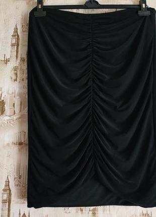 Красивая,нарядная юбка. на бирке- 18 р-р(52)