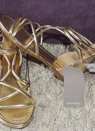 Золотые босоножки фирми orsay, на 37 размер