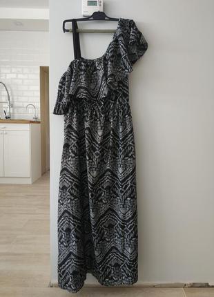 Платье в пол большого размера батал