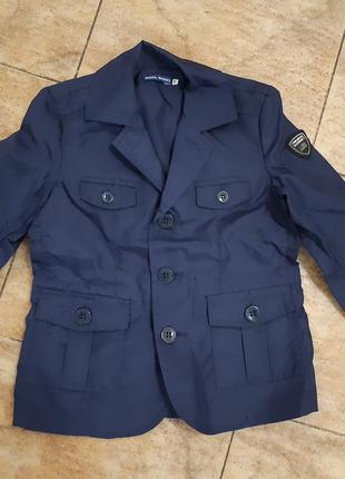 Пиджак-куртка для мальчика 4-5 лет.