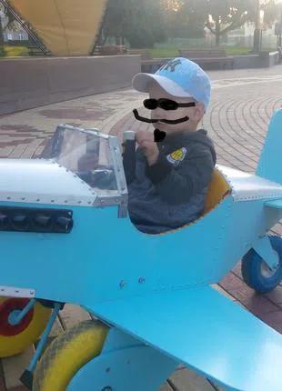 Самолет на педалях педальный самолет веломобиль...