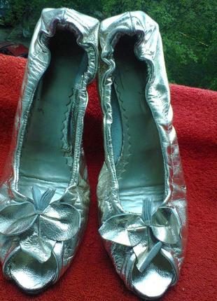 Итальянские  туфли  из  натуральной кожи.