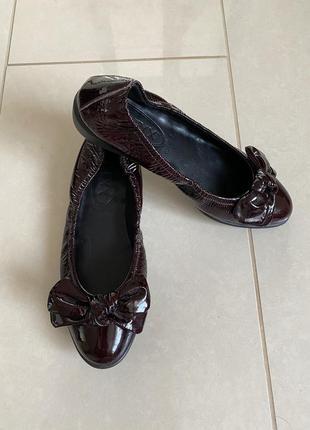 Туфельки кожаные балетки лаковые the flexx размер 38
