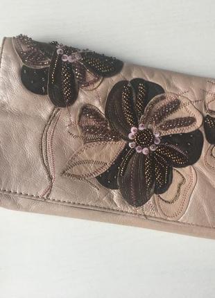 Кожаный клатч с вышивкой от rocha jonh rocha