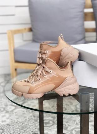 Крутые женские кроссовки dior d-connect beige бежевые
