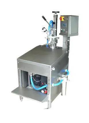 Оборудование для розлива в Bag in Box полуавтомат Италия