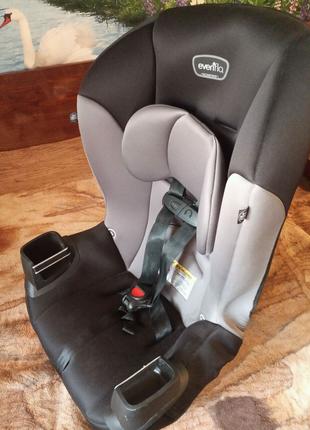 Детское авто кресло.