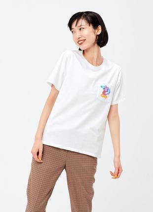 Белая футболка с микки маусом коллаборация украинца васи колот...