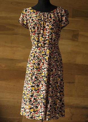 Очень красивое и стильное платье с принтом миди marks&spencer,...
