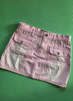 Нежно розовая джинсовая юбка