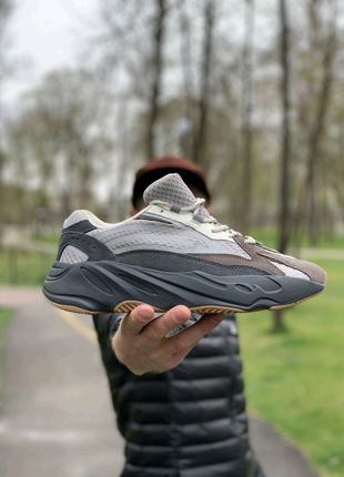 Кроссовки Adidas Yeezy Boost 700 (натуральная кожа 41,42,43,44,45
