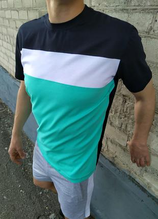 Мужской комплект шорты и футболка