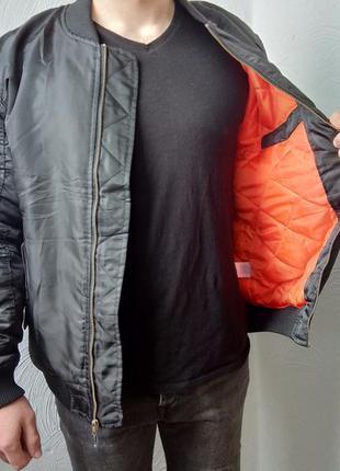 Черный мужской бомбер демисезонная легкая куртка влагонепрониц...