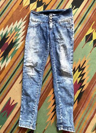 Легкие стрейчевые голубые джинсы глория джинс s m