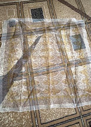 Легкий капроновый прозрачный платок