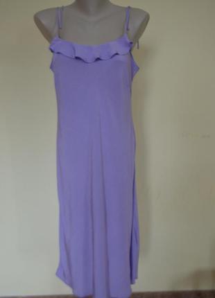 Красивое фирменное платье из вискозы на бретельках
