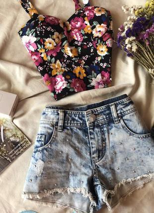 Джинсовые шорты с заклепками от denim&co