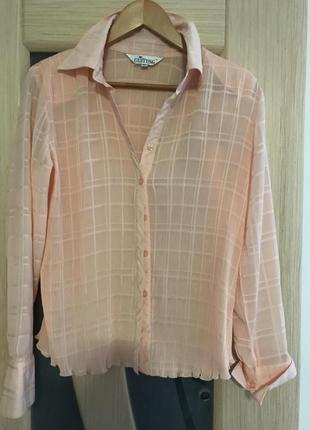 Легкая блуза персикового цвета