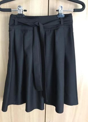 Расклешенная юбка с пояском