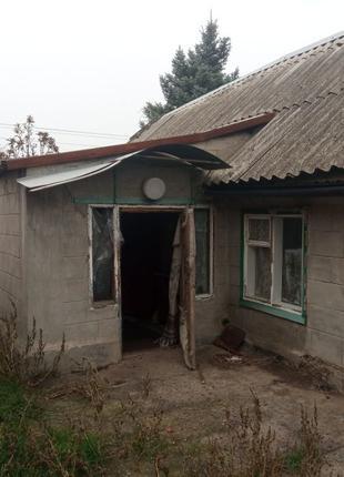 Продам дом с удобствами в пгт.Пришиб