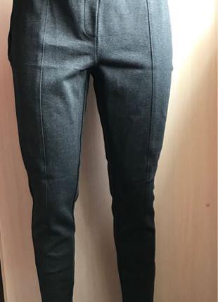 Esprit M/12/40eur плотная ткань, тянется, не одевали