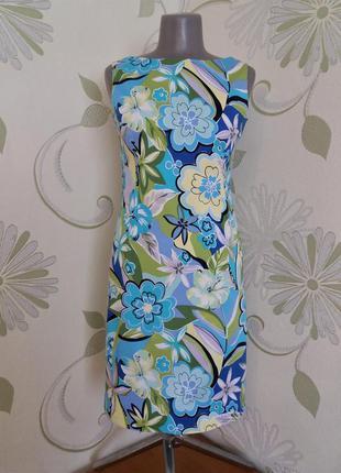 Платье футляр в яркий цветочный принт летнее хлопок