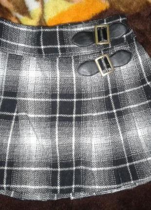 Классная, теплая и стильная юбочка от фирмы next в клеточку