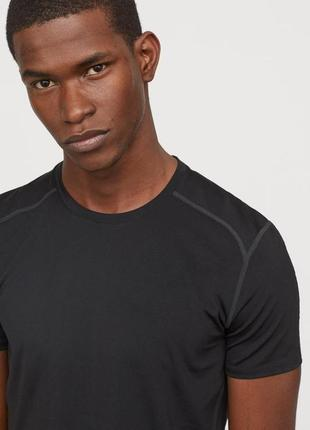 Чёрная спортивная футболка h&m sport !