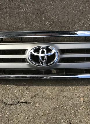Toyota Land Cruiser 2005-2007 Решетка радиатора