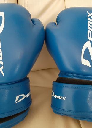 Боксерские перчатки Dеmix