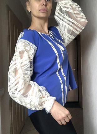 Блузка дизайнерская SVITLO