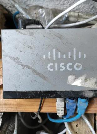 Свич Cisco SF100D-08 v2, 8 Port