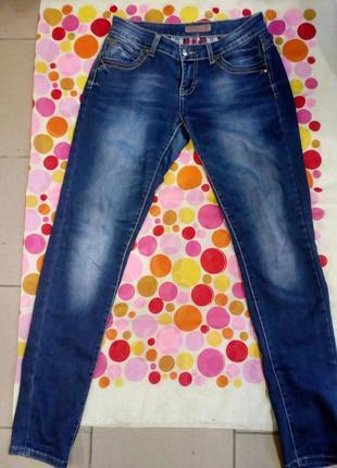 Женские джинсы низкая посадка