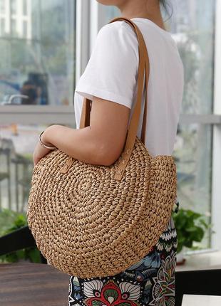 Женская круглая соломенная сумка шоппер кофейная