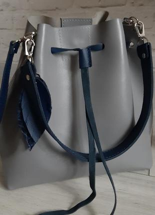 Кожаная сумочка из натуральной кожи
