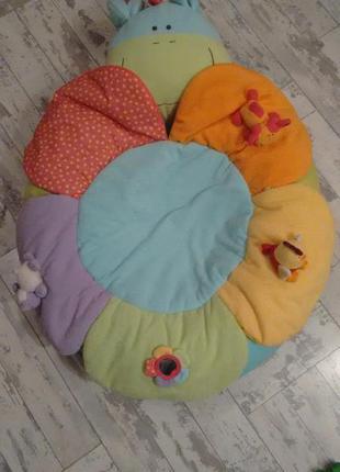 Подушка-цветочек для сна новорожденных