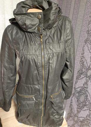 Куртка весна- осень бренда  f&f. размер 44- 46.