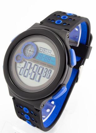 Водонепроницаемые спортивные часы skmei
