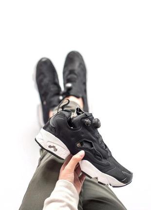 Отличные женские кроссовки reebok insta pump чёрные