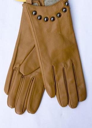 Женские теплые перчатки из кожи ягненка