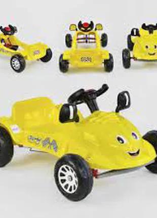 Детская машинка с педалями Pilsan HERBY 07-302