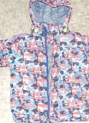 Куртка на ребенка 4-5 лет демисезонная
