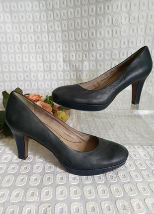 Tamaris, туфли натуральная кожа 40р