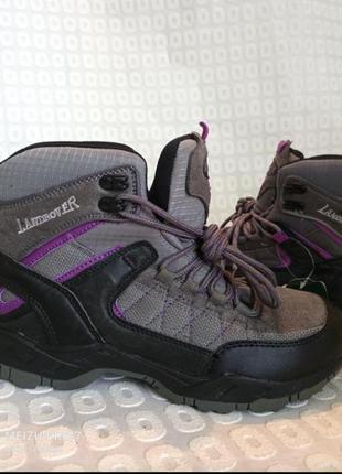 Спортивние термо ботинки от бренда landrover