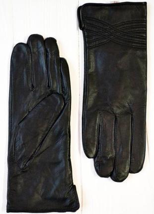 Перчатки женские кожа на меху.
